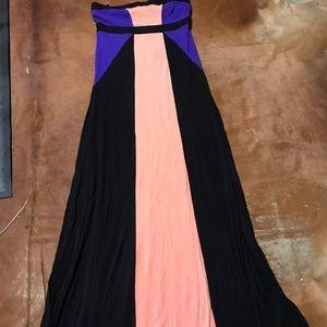 2B BEBÉ   Color Block Maxi Tube Dress